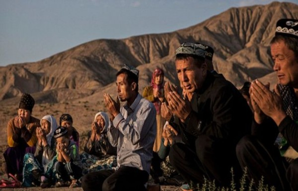 Kamp Genosida Muslim Uighur