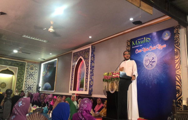 Maulid Nabi Di Yayasan Al Qoim, Menghadirkan Al Ustadz Al Habib Thoha Musawa dengan Tema Cinta Nabi Cinta Negeri