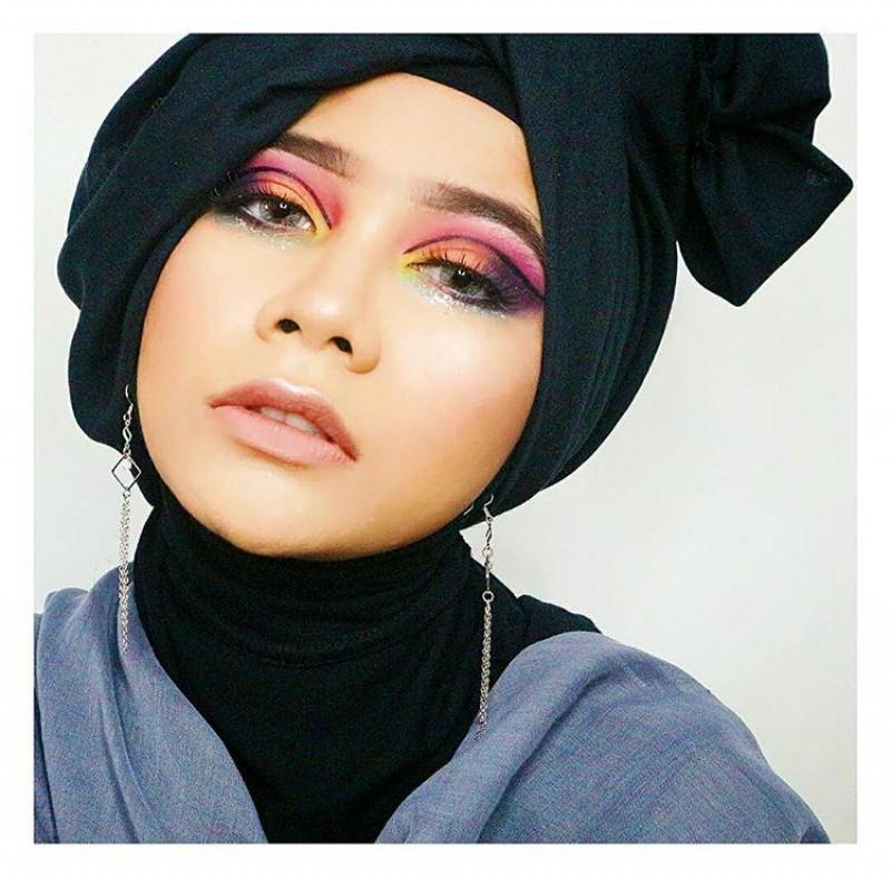 Wow! Perempuan Ini Ternyata Makeup Artist dari Samarinda!