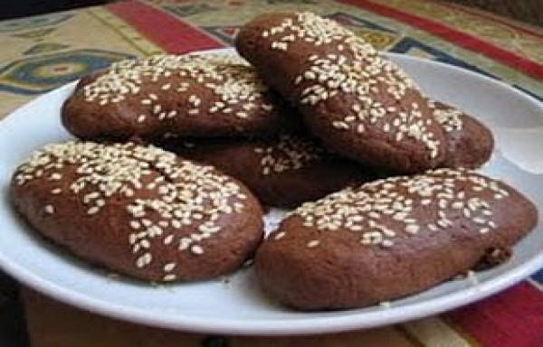Roti Ganjel Rel yang Melegenda