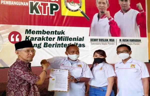 H. Ishak Iskandar nakhodai Komite Transparansi Pembangunan (KTP) Komisariat Kabupaten Kutai Kartanegara